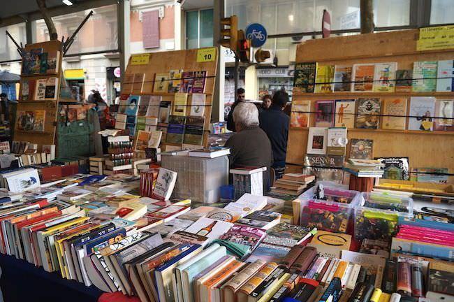 Libros - Mercat Dominical de Sant Antoni