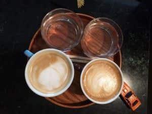Café en Meublé