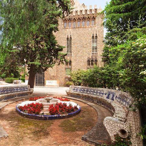 Torre Bellesguard Nits Gaudi