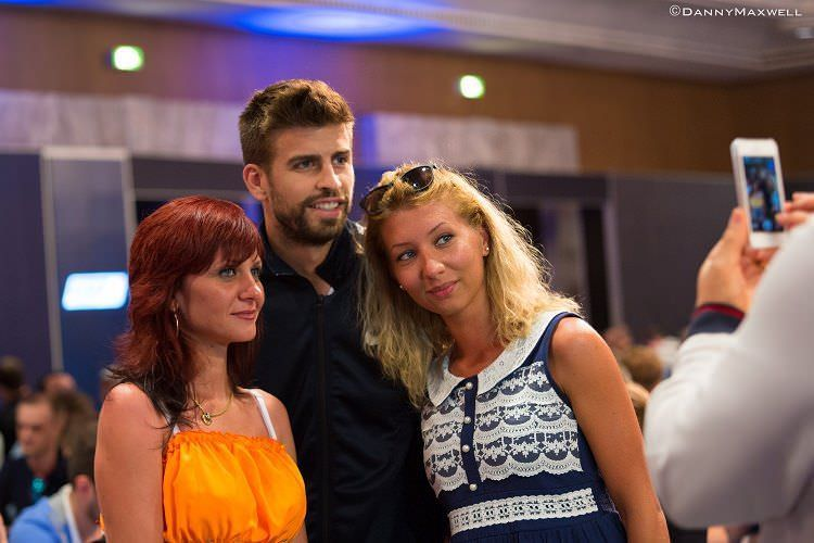 Gerard Piqué poses with some fans upon his elimination on Day 2 of EPT Barcelona