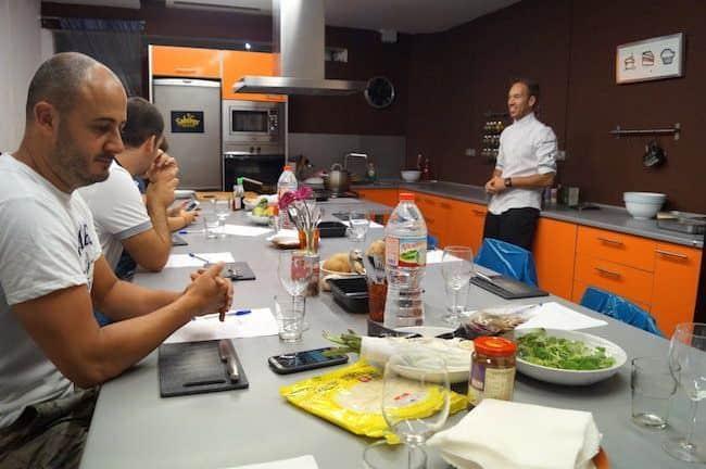 Sabores taller de cocina un buen d a en barcelona for Taller de cocina teruel