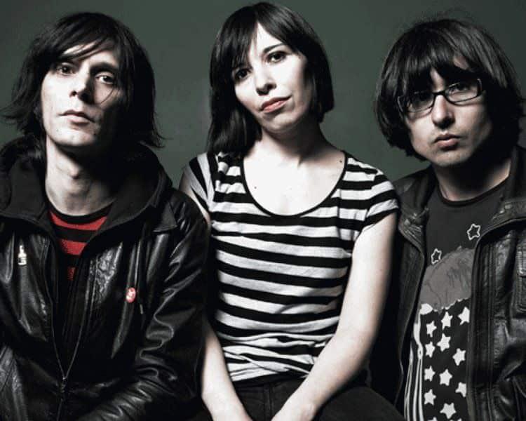 El trio bilbaíno-argentino Cápsula