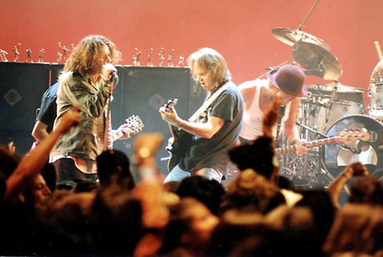 Neil Young & Pearl Jam.