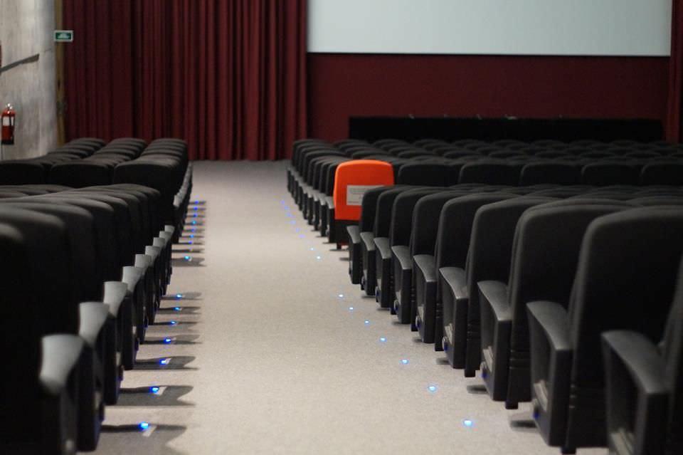 Brossa escribió guiones de cine y teatro