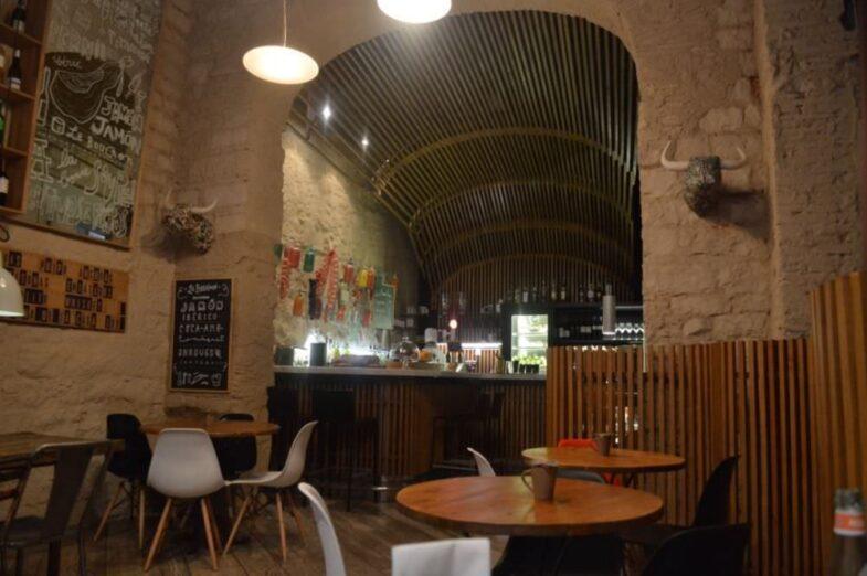 Decoración Interior de Le Bouchon