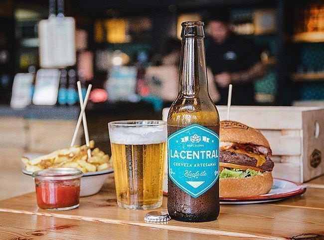 Cerveza Artesana La Central Hamburguesería