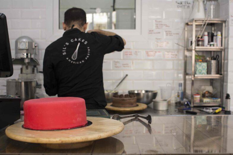 En Sil's acaban los pasteles delante tuyo