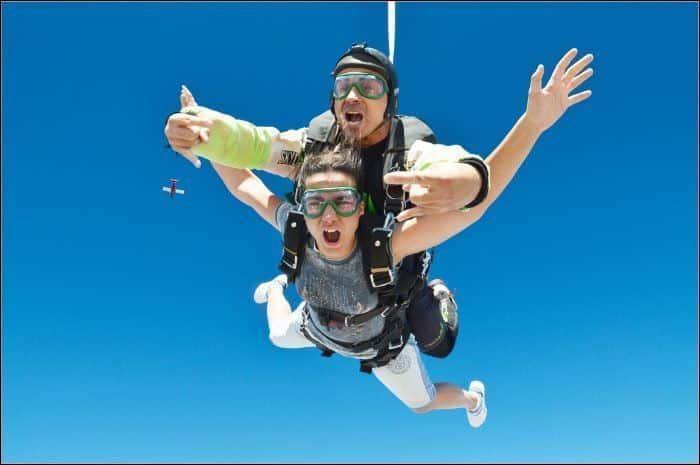 Salto paracaídas Saltamos BCN. ¿Te atreves?