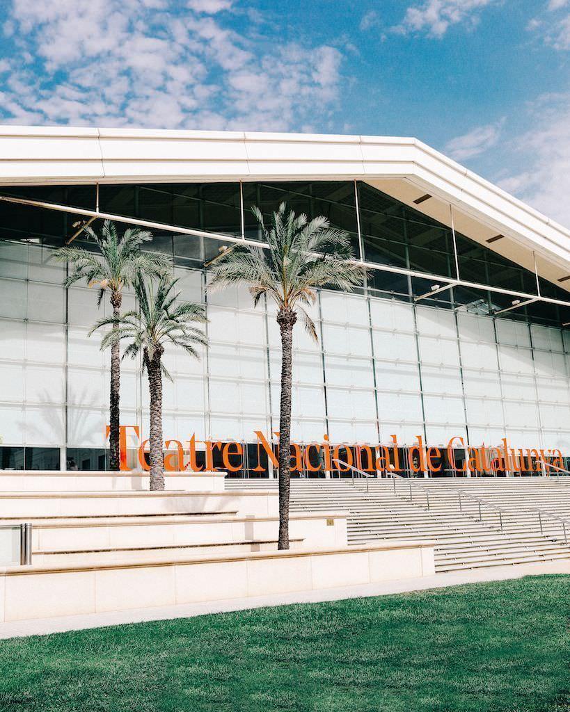 All those food market edici nen el teatre nacional de for Teatre nacional de catalunya