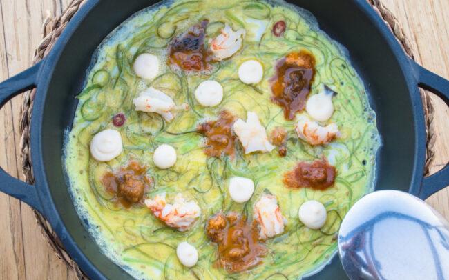 La tortilla abierta de huevos de Calaf y cambas al ajijo se merece el premio