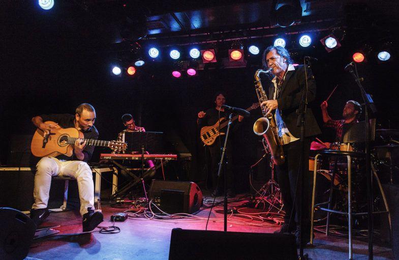 Jorge Pardo durante uno de sus conciertos (foto de Lucia Calatayud).