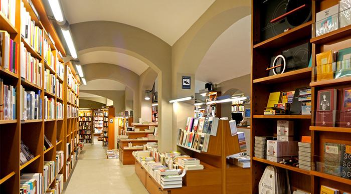 laie libreria cafe