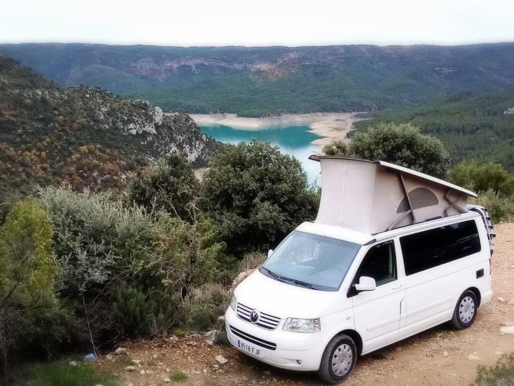Descubre lugares maravillosos, reserva tu furgoneta camper con Yescapa